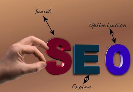 指定キーワードにおけるあなたのサイトの検索順位と上位サイト調査サービス