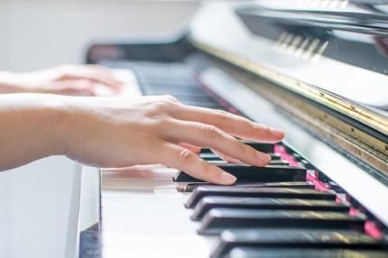 初めてピアノを習う方へ、楽譜の読み方お教えします!