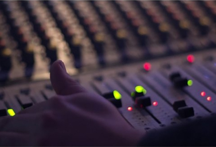 音質や音圧に困っている方必見!ミックス・マスタリング承ります。