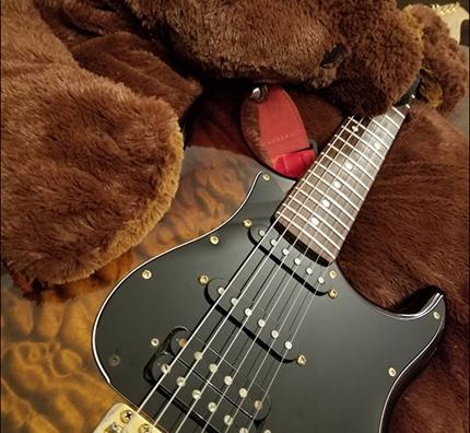 ギター音源収録します。
