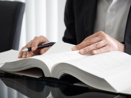 税理士が法人又は個人の確定申告等請負ます