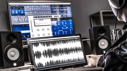 既存曲の耳コピでのアレンジやカラオケ音源を制作します