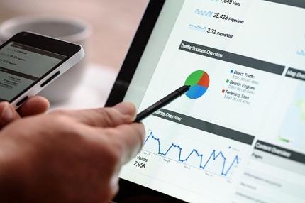 Google広告、Facebook, Instagram広告運用代行します