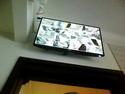 監視カメラの選定と設置