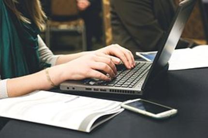マーケティング&マーケット・リサーチの企画・実施・分析・報告サービス