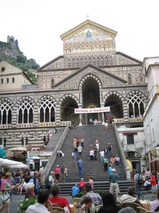 知らないと損する南イタリア滞在記事作成