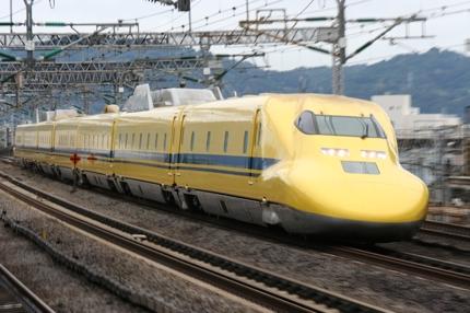 パンフレットやサイト等のイメージ写真に用いる鉄道写真を提供します