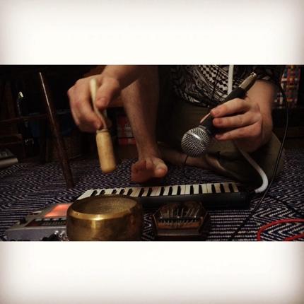 映像音楽作ります