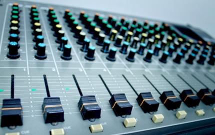 カラオケ音源、MIDI製作