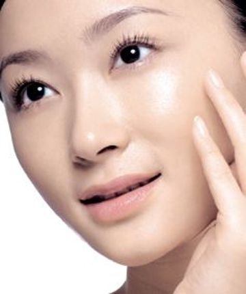 化粧品だけ満足出来ず、ワンランク上の美肌効果を求める女性に朗報