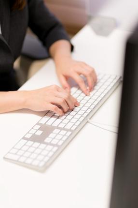 インターネット上でのお客様から頂いた口コミへの返信対応致します。