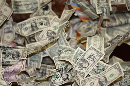月収100万円以上を達成したプロせどらー達があなたを完全徹底サポートします!!