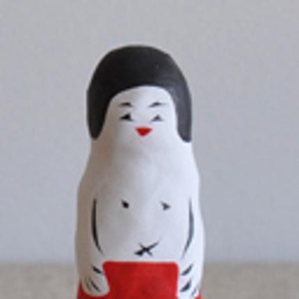 チラシA4(¥35,000〜)、ポスター、パンフなどの紙媒体からweb制作まで