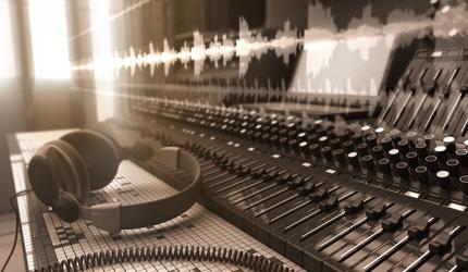 楽曲制作(1曲)※60秒以上、著作権全譲渡(買取契約)