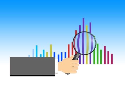 高度な現状分析(自社・競合・市場・ユーザー)からデジタル戦略立案まで