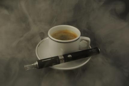 月40万PVの電子タバコサイトへ広告掲載