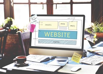 ホームページ制作前に知っておくと役立つ情報を提供します。