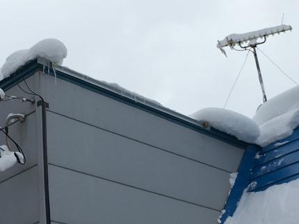 雪のお悩み 電気ヒーター屋の融雪設計 建築物、路面、カーポート、ビニールハウス等