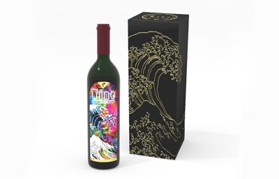 浮世絵を使用したワインのパッケージ