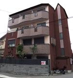 pauseさんの外壁デザイン募集 鉄骨4階建 自宅併用賃貸住宅のカラーコーディネート への提案