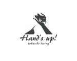 tyapaさんの住宅会社が運営するアウトドアショップのロゴマークへの提案