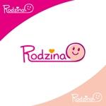 TMdesignさんのスナック 「Rodzina」のロゴへの提案