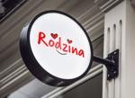 macpyonさんのスナック 「Rodzina」のロゴへの提案