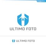 fs8156さんのフリーカメラマンのWEB&名刺用ロゴへの提案