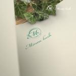 doremidesignさんのマツエクサロン『Minea lush』のロゴへの提案