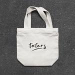 scrugさんのトートバッグ、Tシャツ、ポロシャツ等のブランド「toters」のロゴへの提案