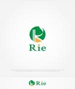 enj19さんの惣菜・スイーツ製造会社「利恵産業」のロゴ作成への提案