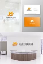 hi06さんの教育サービスを提供する会社「ネクストドア」のロゴ制作への提案