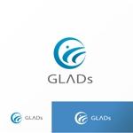 JellyさんのITコンサルティング会社「株式会社GLADs」のロゴへの提案