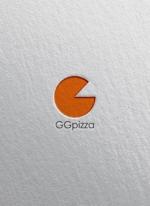eeq1さんの手作りの冷凍ピザ通販サイト「GGpizza」のロゴ作成依頼への提案