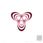 miuatさんの美容品のロゴへの提案