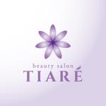 happiness_designさんの美容室「TIARÉ」のロゴ作成への提案