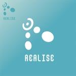 mae_chanさんの競泳水着を中心としたコスチュームブランド『REALISE』のロゴへの提案