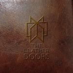 amateurdesignsummitさんのレザーセレクトショップ「THE LEATHER DOORS」のロゴ制作依頼への提案