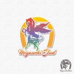 """minami-mi-natzさんの競走馬生産・育成牧場 """"宮内牧場""""のロゴへの提案"""