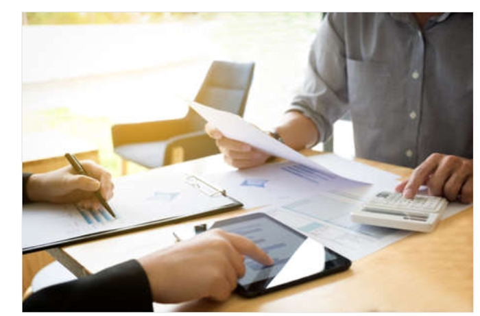 元会計事務所、外資系コンサルタント勤続15年小規模事業者から大企業の役員・役職の方まであらゆるご相談