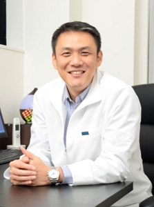 YONGSU HWANG