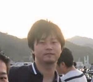 グラージ 衛藤嵩史