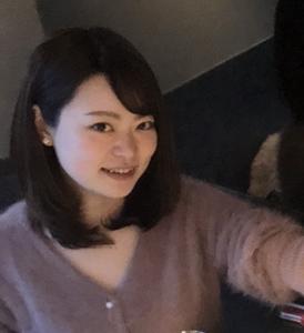 秋山 璃奈